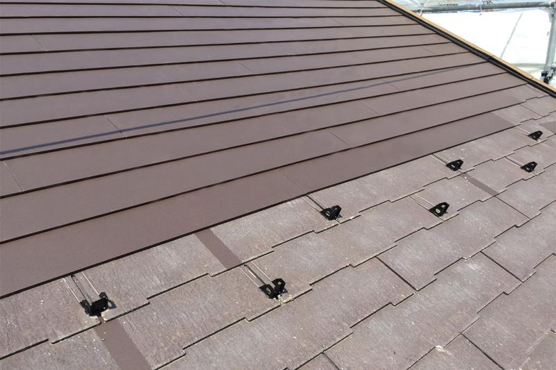 長期的に塗り替えいらずの高耐久屋根材
